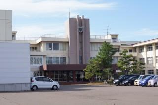 頸城中学校