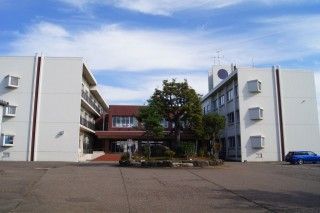 大瀁小学校